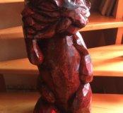 Резная скульптура из дерева/кот