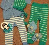 Вязаный комплект на малыша, 5 предметов.
