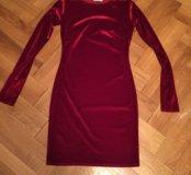 Новое красное бархатное платье