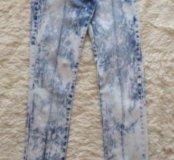 Продам джинсы фирменные 25 размера