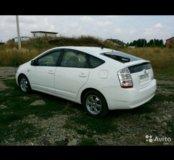 Toyota Prius 2010 г