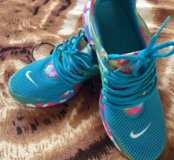 Кроссовки Nike 37-38 раз