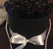 Чёрные розы в шляпной коробке
