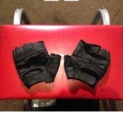 Мото-перчатки.