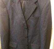Шикарный щелковый костюм