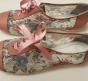 Кроссовочки розовые