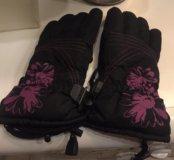 Перчатки женские горнолыжные