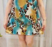 Лёгкое платье с открытыми плечами