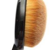 Кисть для макияжа M.A.C. Oval Brush