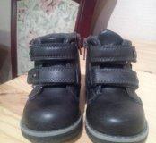 Детские ботинки весна-осень.