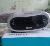 Часы с радио.будильник