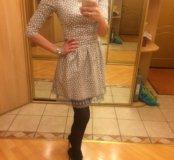 Платье в горох с кружевом