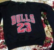 Спортивный свитшот Bulls 23
