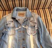 Модная джинсовая куртка 42 размер