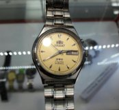 Orient crystal