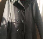 Пальто с искусственным  мехом