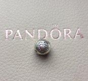 Pandora шарм любовь с розовыми кристаллами
