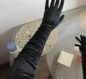 Вечерние атласные перчатки
