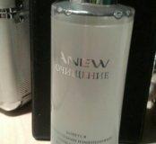 Очищающая вода Avon Anew