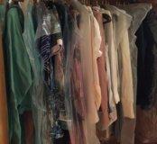 Продаю много разной одежды