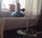 Лампа настольная СССР работает 300 р