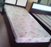 Распродаем кровати 90*200 с матрасом.