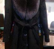 Зимнее пальто с мехом песца.