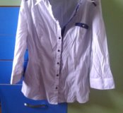 Блузка школьная,состояние хорошее