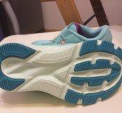 Новые кроссовки New Balance 26