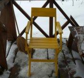 Раскладной стул из дерева