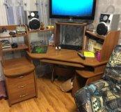 Продам шкаф, стол компьютерный и диван