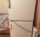 Холодильник Бирюса (на запчасти)