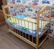 Продаю детскую кроватку б/у