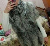 Меховая жилетка из чернобурки.