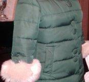 Пальто зимнее ,цвета изумруд ,44-46 размер