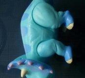 Динозавр Тэнк из поезда динозавров