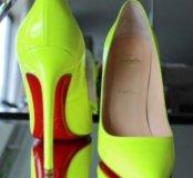Christian Louboutin туфли из лакированной кожи