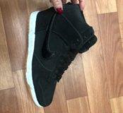 Кроссовки новые, сникерсы Nike