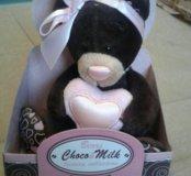 Мишка Чоко Милк с сердечком 15 см новый