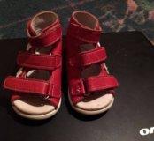 Детские сандали для девочки