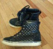 Ботинки  39кеды утепленые
