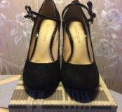 Абсолютно новые туфельки замшевые