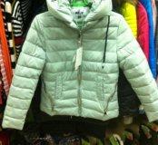 Курточка демисезонная , размер m
