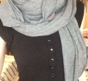 Пакет шарфов и шапочка с шелковыми платочками