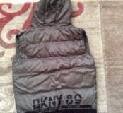 Тёплая жилетка DKNY