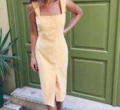 Желтый сарафан на пуговицах из джинсы