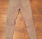 Итальянские новые джинсы 26-27 стрейч