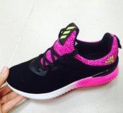 Новые кроссовки adidas ярко розовые с чёрным 36 р