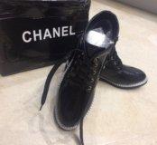 Новые лаковые ботинки Chanel 36,37 размер
