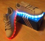 Новые Светящиеся кроссовки Адидас stansmith